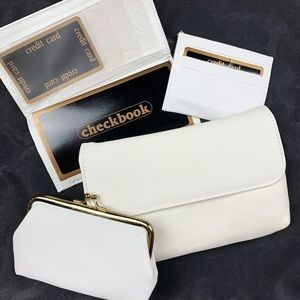 3 FOR $15! Vintage White Wallet Set
